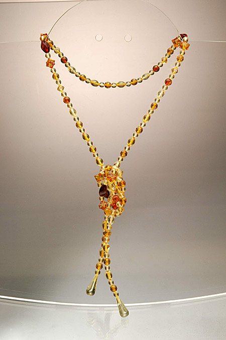 AvalonsTreasury.com: Cognac-colored Charleston Necklace (Page: Cognac-colored Charleston Necklace) [450 x 677 px]