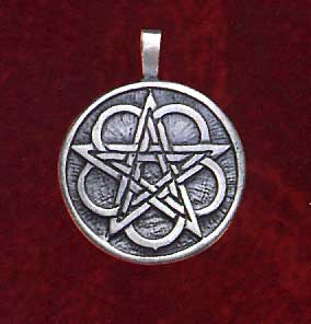AvalonsTreasury.com: Celtic Pentacle (Page: Celtic Pentacle) [284 x 296 px]