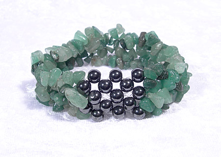 AvalonsTreasury.com: Magnetic bracelet with Aventurine (Page: Magnetic bracelet with Aventurine) [450 x 320 px]